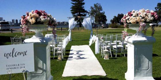 Super Stylist Sunday: Luxx Weddings & Events