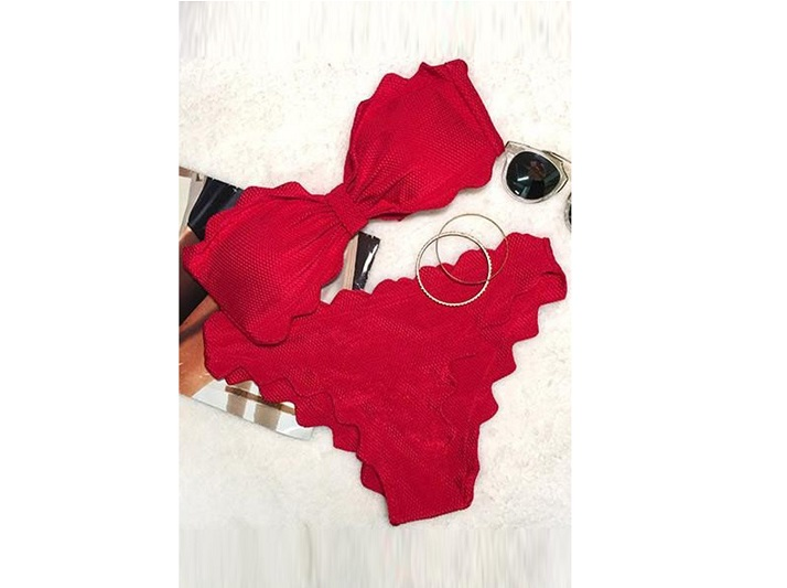 Red shining day waves halter