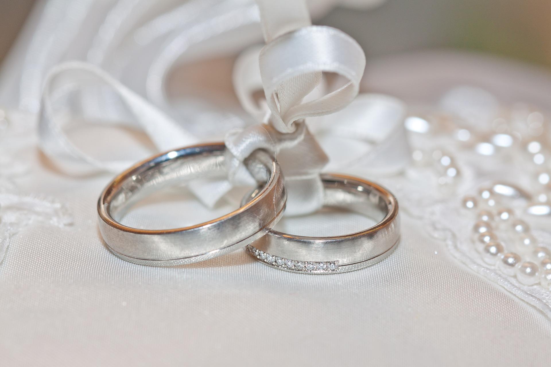 wedding-2544405_1920