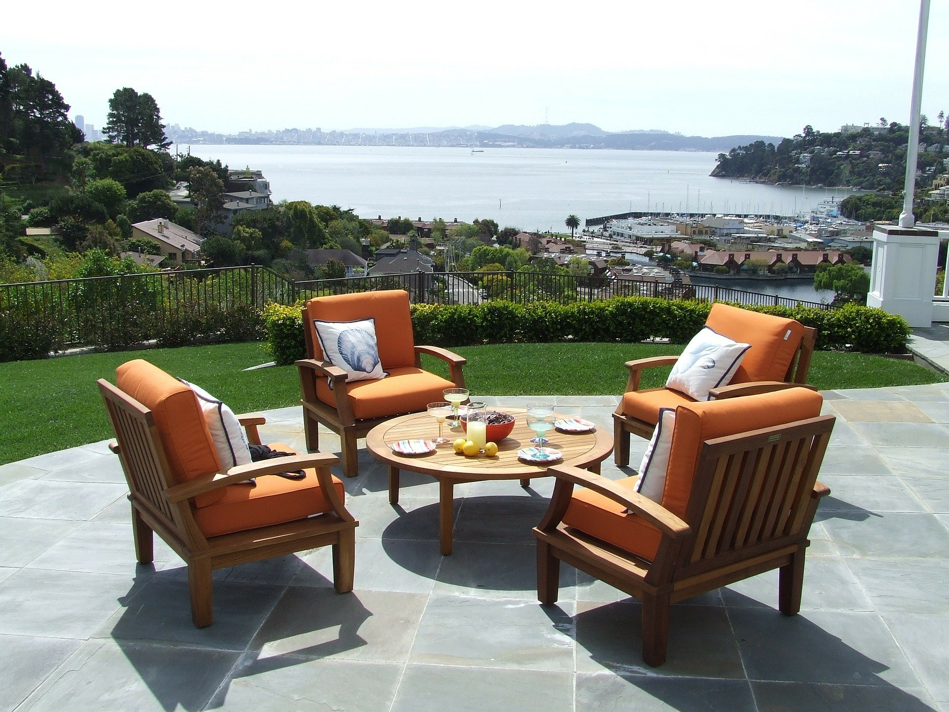 The Best Guide for Purchasing Patio Chair Covers