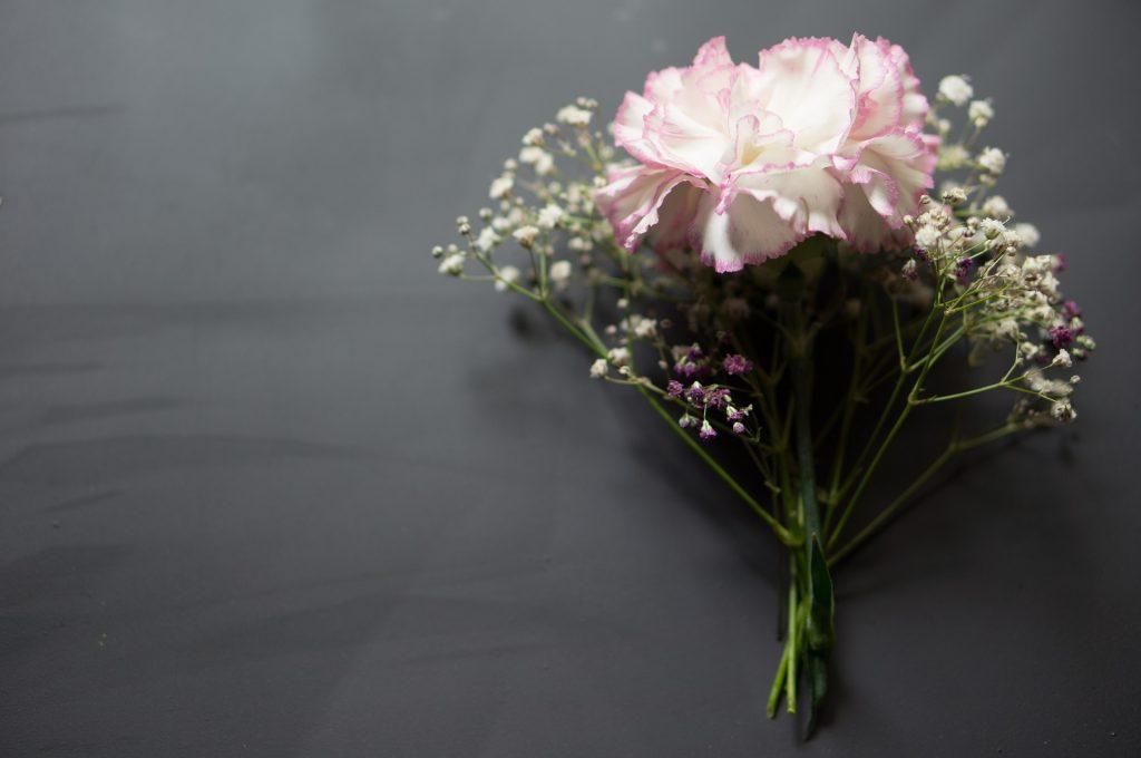 Carnations rakhi