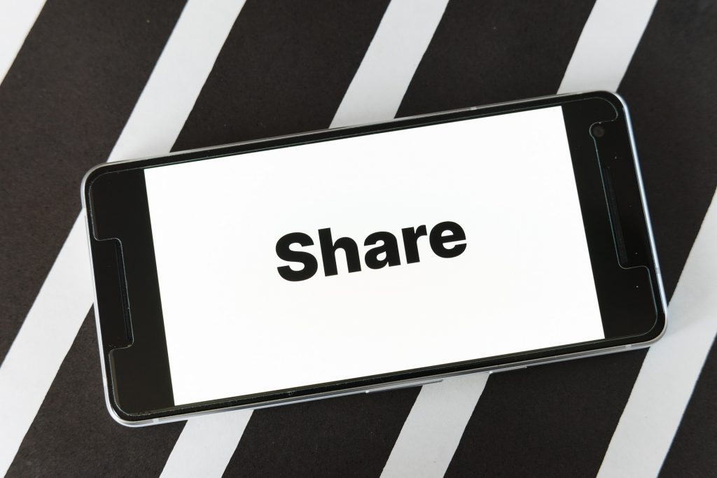 Get shares to your next blog