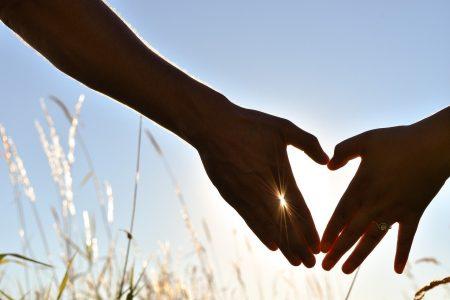7 Unique Ideas for an Engagement Announcement Card
